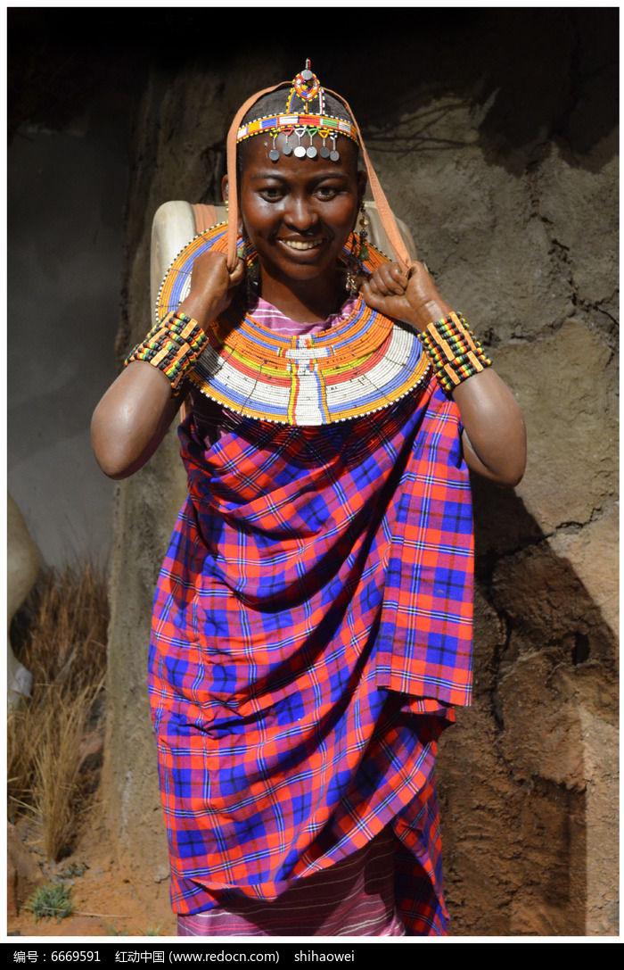 非洲女人塑像图片,高清大图