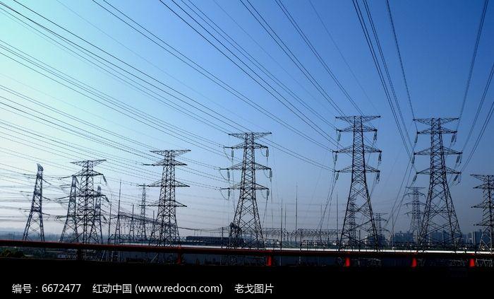 高压电缆塔铁架图片