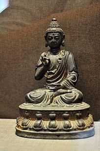 明代铜释迦牟尼佛说法像
