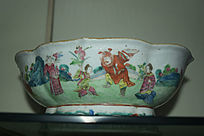 人物图案瓷碗-花纹陶瓷