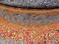 石磨研磨的辣椒