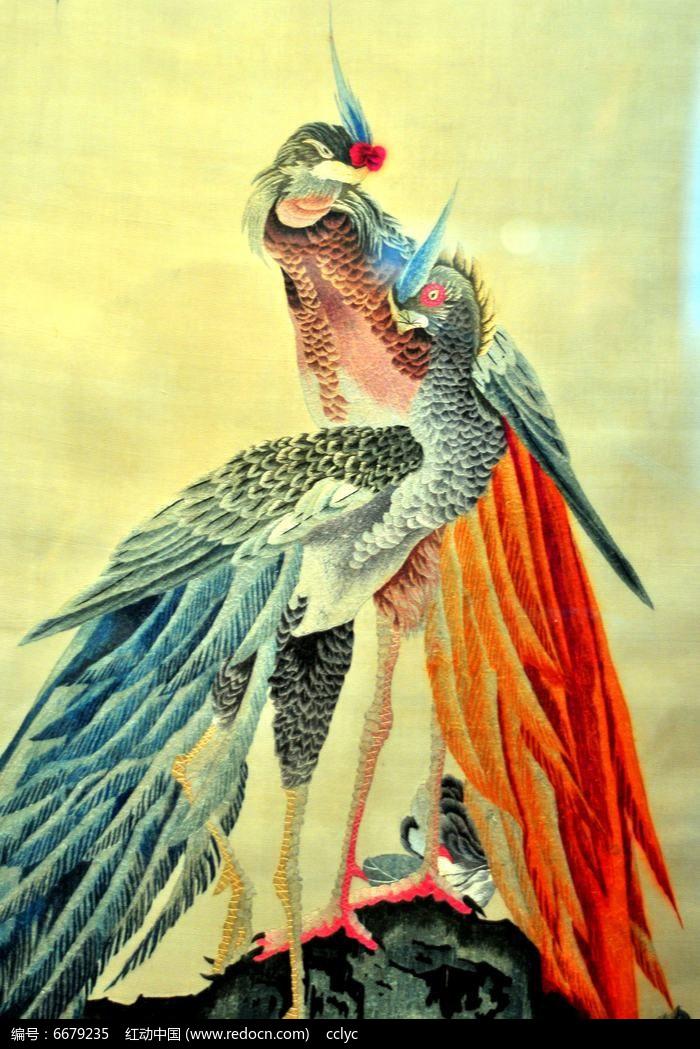 原创摄影图 艺术文化 插画绘画 双凤凰刺绣图  请您分享: 红动网提供