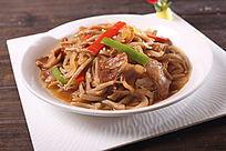 腌肉酸菜烩油面鱼