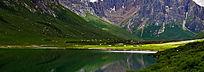 果洛山湖光山色