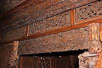 龙纹顶子床雕刻-木雕艺术