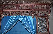 三星木雕顶子床-木雕艺术