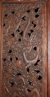双龙戏珠雕刻-木雕艺术