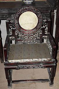 云纹装饰座椅-木雕艺术