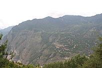 丹巴梭坡山丘长城