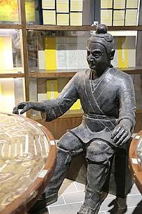 古代活字印刷排版人物雕像
