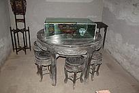 古典红木桌椅