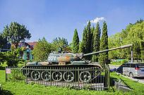 鞍钢展览馆展品59式中型坦克侧面