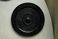 黑色圆形铁艺图案古董
