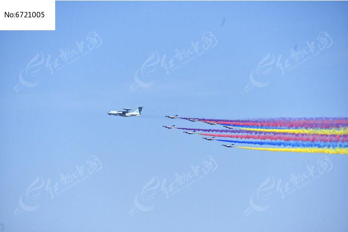 阅兵飞机图片,高清大图