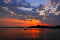 长寿湖朝霞湖景