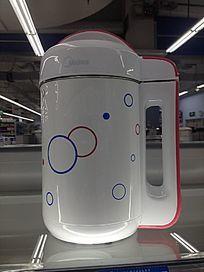 动感时尚的豆浆机