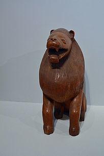 非洲狮子木雕