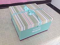时尚美观蛋糕盒