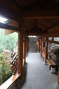 中式传统园林木制回廊