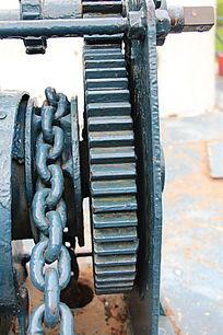 传动机械齿轮和铁链