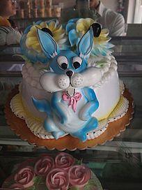 可爱兔子造型生日蛋糕