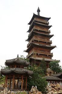园林景观木塔和亭台