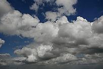 蓝天洁白云