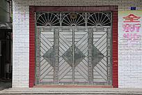 不锈钢扇形窗花铁门