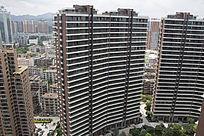 高大的居民楼