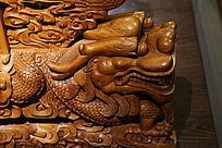 黄柏木雕龙头