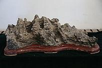 岛屿状奇石