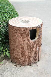 仿木桩垃圾桶