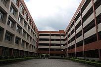 广东理工学院教学楼
