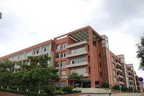 广理工学校教学楼