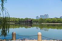 湖边风景全景