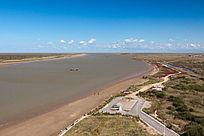 俯拍黄河入海景观