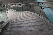 光滑的石板梯