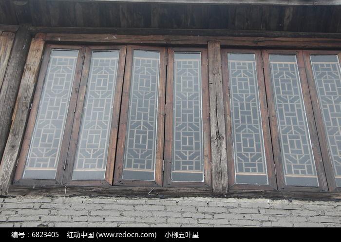 古典玻璃木窗图片