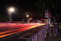 红色车流轨迹