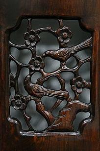 30年的红木家具图案梅花和雀