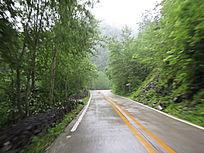 盘山公路景色图片