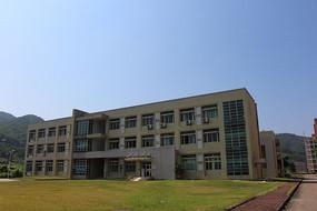学生活动中心背面