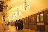 圣彼得堡老地铁保安