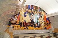 圣彼得堡老地铁尽头壁画