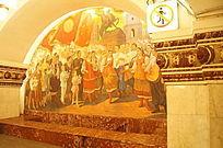 圣彼得堡老地铁头壁画