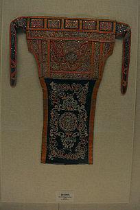 水族马尾绣背带