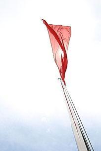 随风飘动的红旗