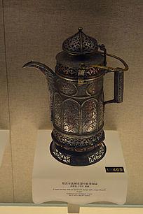 维吾尔族刻花镂空提梁铜壶