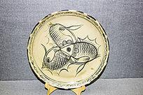 鱼图案的盘子