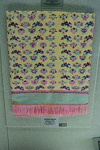 壮族织锦花鸟树纹桌毯